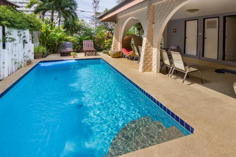 Beach location villa - Grand Condotel Villa with Private Pool, Jacuzzi pool and baby pool - Pattaya - rentals