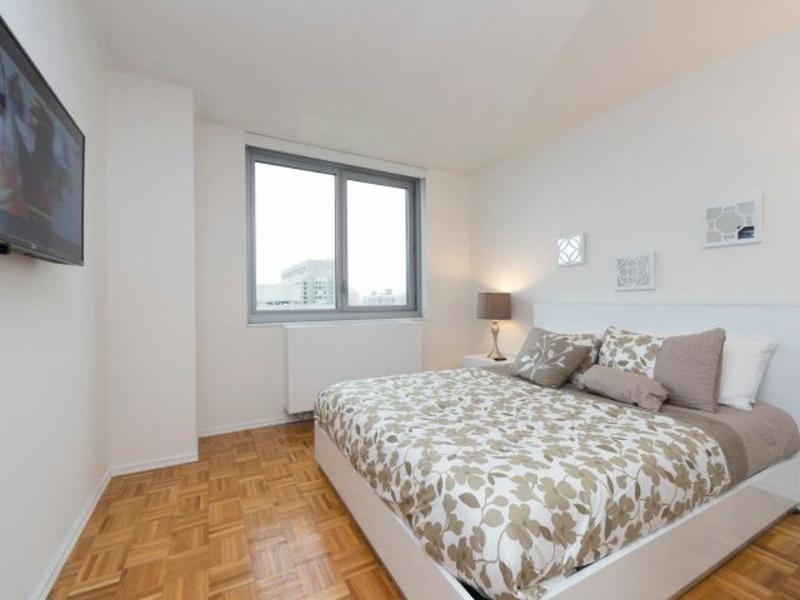 STUNNING 3 BEDROOM APARTMENT IN NEW YORK - 4 - Image 1 - Long Island City - rentals