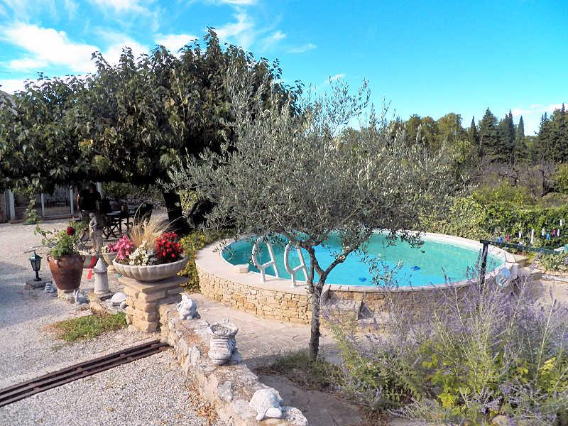 St Didier Vaucluse, Provencal house 4p, private pool, 500 m from the village - Image 1 - Saint-Didier - rentals