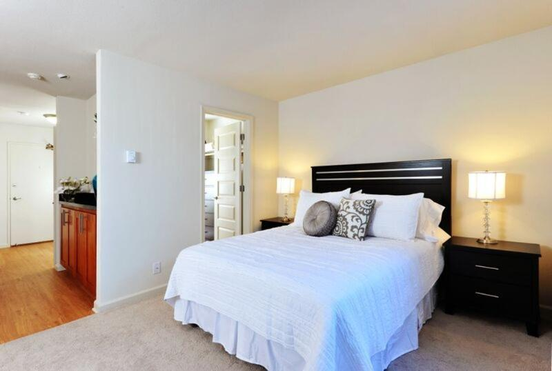 BEAUTIFULLY FURNISHED STUDIO APARTMENT - Image 1 - San Francisco Bay Area - rentals