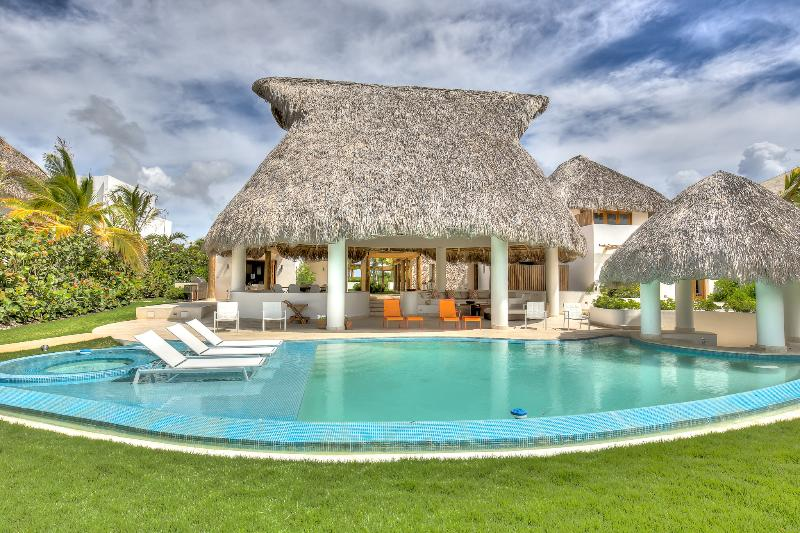 New Stylish Golf View Villa in Cap Cana - Image 1 - Punta Cana - rentals