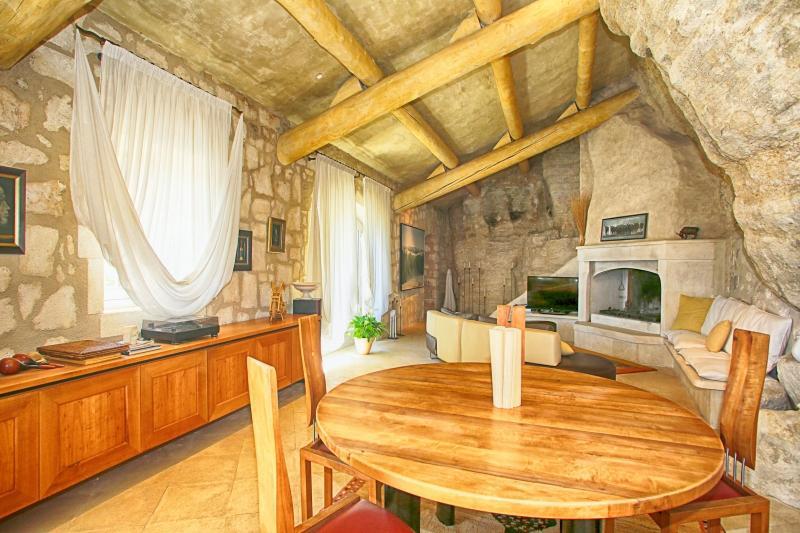 Historic Provence Villa Near Les Baux - Villa de la Grotte - Image 1 - Les Baux de Provence - rentals