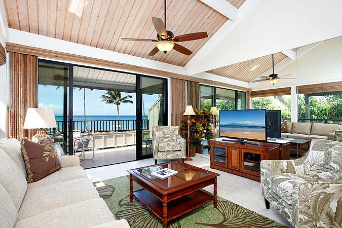 Unit 14 Ocean Front Luxury 2 Bedroom Condo - Image 1 - Lahaina - rentals