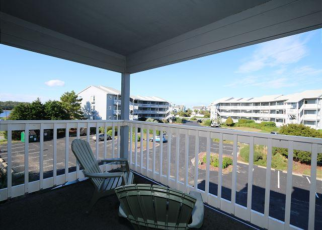 Spinnaker Point 203C - Condo in quiet community with a pool and beach access - Image 1 - Carolina Beach - rentals