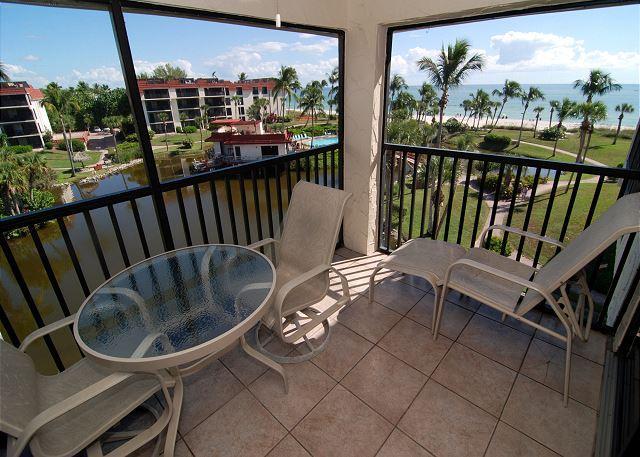 Lanai View - Gulf view penthouse at Pointe Santo de Sanibel - Sanibel Island - rentals
