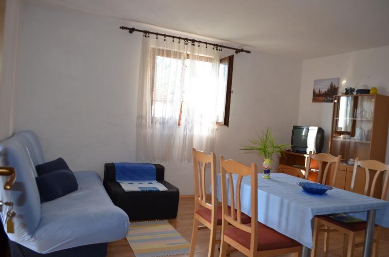 A3(2+1): dining room - 00313GRAD  A3(2+1) - Gradac - Gradac - rentals