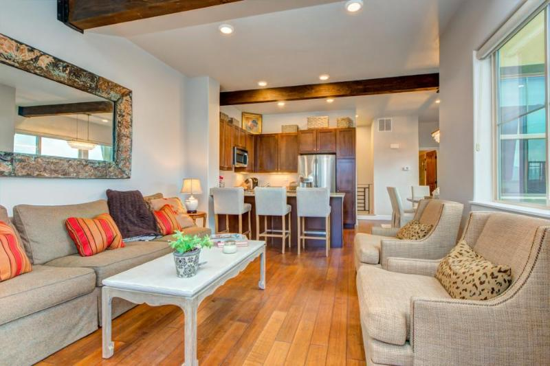 New, dog-friendly luxury townhome w/ private hot tub & great views! - Image 1 - Park City - rentals