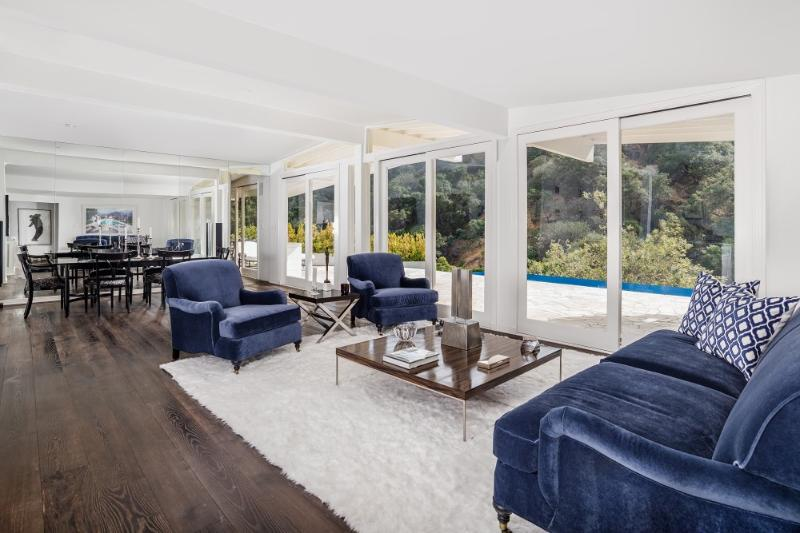Stunning 5 Bedroom Home with Infinity Pool in Beverly Hills - Image 1 - Beverly Hills - rentals