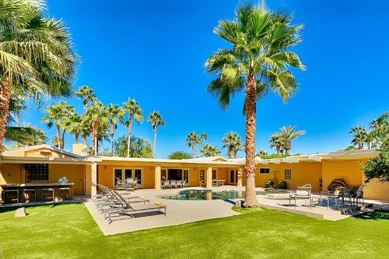 Mel House, Sleeps 10 - Image 1 - Palm Springs - rentals