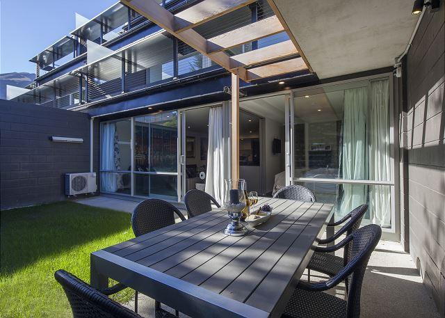 Hallenstein Garden Apartment - Image 1 - Queenstown - rentals