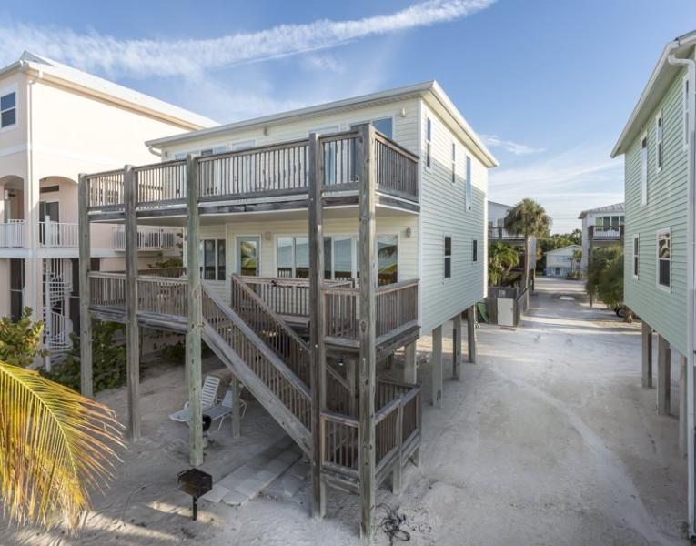 Beach Retreat North Beach - Direct Beachfront Vacation Home overlooking Fort Myers Beach from Decks on 2 Levels with Shared Pool - Code: Beach Retreat N Beach - Image 1 - Fort Myers Beach - rentals