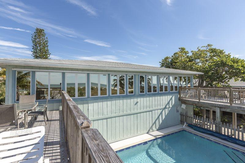 Heron Duplex with Amazing Views of the Gulf and Heated Pool - Code: Heron Duplex - Image 1 - Fort Myers Beach - rentals