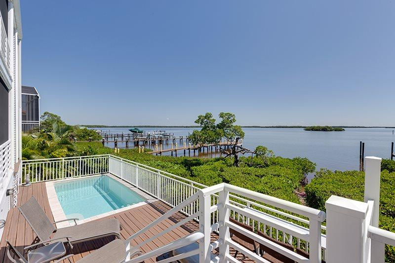 1/28: - Absolutely Incredible Bayfront Executive Dream Home - Code: Flamingo Harbour Villa - Fort Myers Beach - rentals
