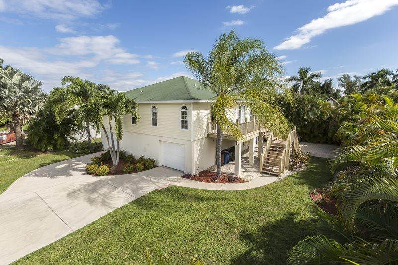 Hidden Treasure view - Hidden Treasure is your North End Vacation Dream Home - Code: Hidden Treasure - Fort Myers Beach - rentals