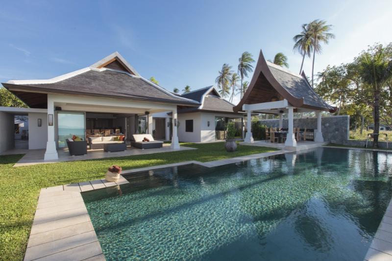 Villa 42 Luxury Beach Front (sleeps 14 + 6 kids) - Image 1 - Mae Nam - rentals