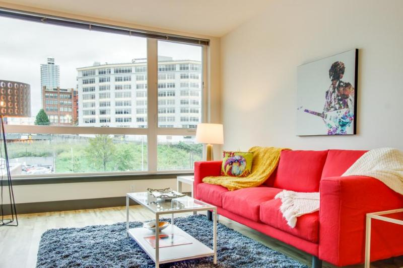 Bring the dog along to this modern condo w/ gorgeous city views in Belltown! - Image 1 - Seattle - rentals