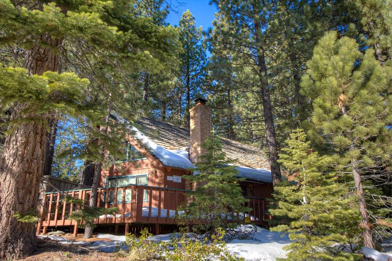 Wonderful Cabin with Hot Tub, Next to National Forest ~ RA681 - Image 1 - South Lake Tahoe - rentals