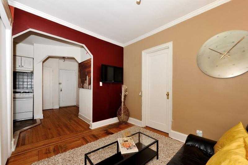 Chic and Lovely Apartment 5C ~ RA42884 - Image 1 - New York City - rentals