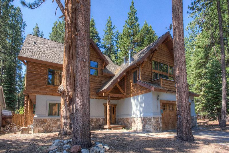 Spectacular Custom Home Perfect for 10 ~ RA3654 - Image 1 - South Lake Tahoe - rentals