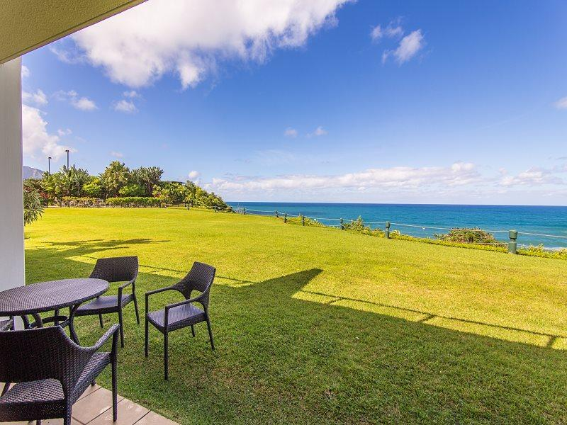 View from Puu Poa 105 - Puu Poa 105 Luxury 2 bed/2 bath condo with dramatic ocean views and designer interior! Heated Pool. Free car with stays 7 nts or more* - Princeville - rentals