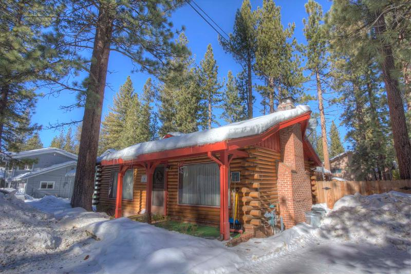 Adorable Tahoe Cabin Perfect Family Choice ~ RA711 - Image 1 - South Lake Tahoe - rentals
