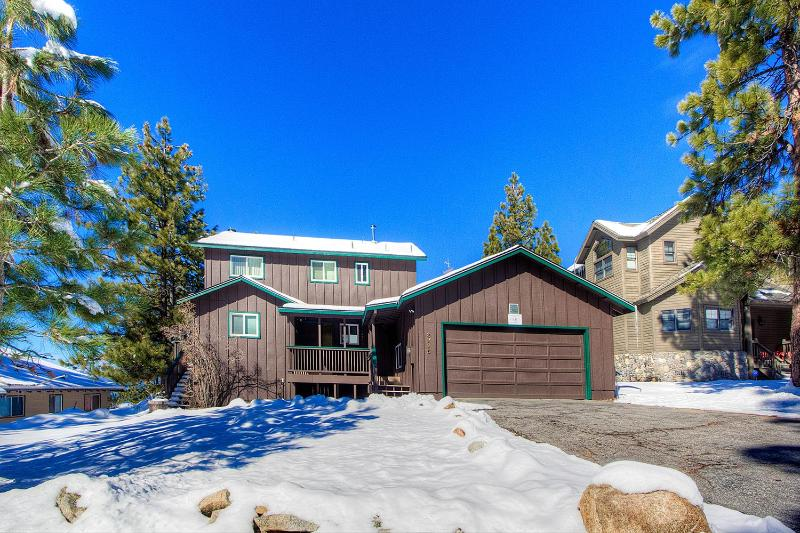 Extra-Special Home with Dramatic Views ~ RA765 - Image 1 - South Lake Tahoe - rentals