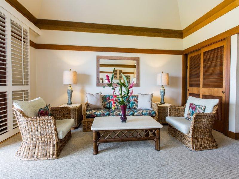 Living Room - Free Mid-size Car withKiahuna 417-1 bedroom sleeps 4 short walk to Poipu beaches - Poipu - rentals