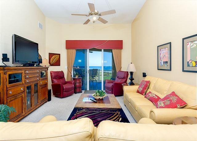 Relax in style and comfort & watch your favorite shows on TV! - 364 Cinnamon Beach Pent House, 6th Floor, Elevator, 2 Heated Pools,HDTV, Wifi - Palm Coast - rentals