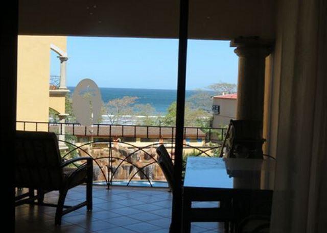 At the Beach. 3 BR / 2 BA Vacation Condo, fully furnished, sleeps 6-8 - Image 1 - Tamarindo - rentals