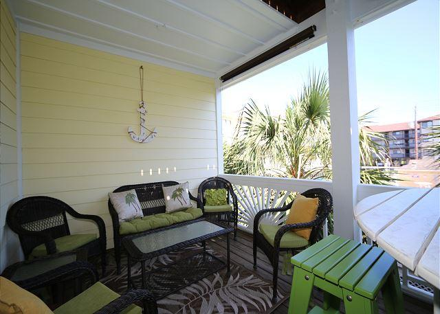 Bowfin - Spacious, updated, 4 bedroom duplex within an easy walk to the beach - Image 1 - Carolina Beach - rentals