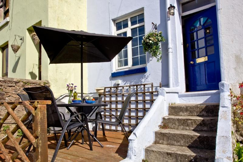 Jasmine Cottage located in Brixham, Devon - Image 1 - Brixham - rentals