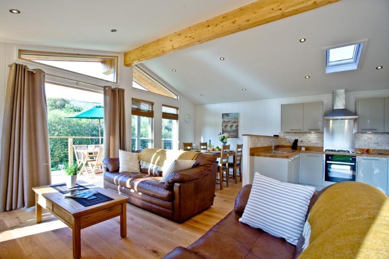 6 Streamside located in Lanreath, Cornwall - Image 1 - Lanreath - rentals