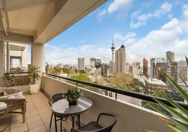 The apartment has a sunny west facing balcony - GH110560 - Auckland - rentals