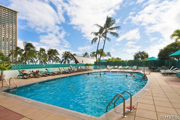 STUNNING OCEAN VIEWS! STEPS TO Waikiki Beach 2114 - Image 1 - Honolulu - rentals