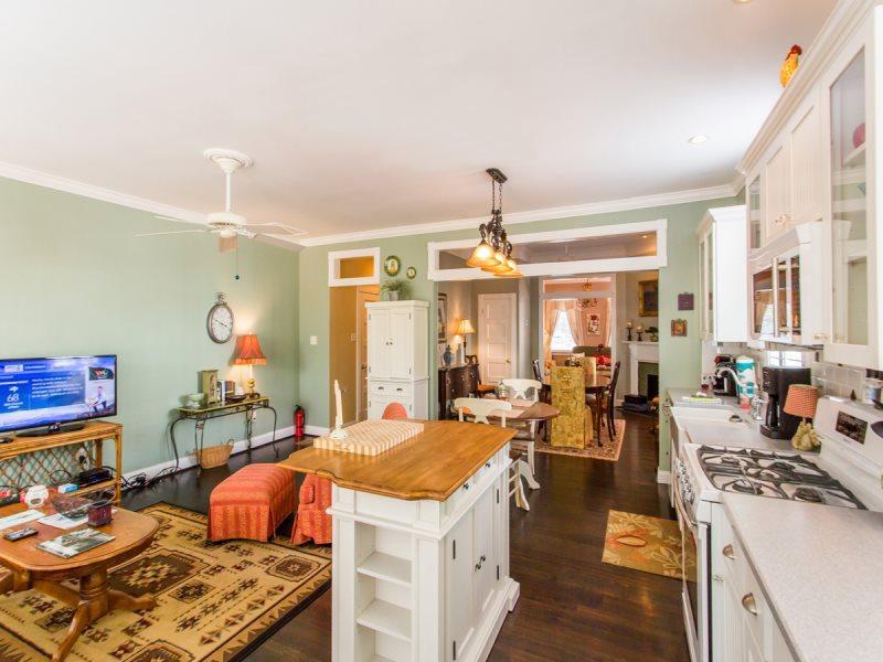 Comfortable Historic Home   Classy Style   Modern Amenities - Image 1 - Savannah - rentals