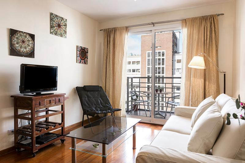 Chic 1 Bedroom Apartment in Palermo - Image 1 - Buenos Aires - rentals