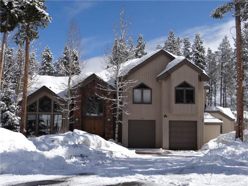 Invitingly Furnished Ski In/Out Access 4 Bedroom Private Home - 39 White Cloud - Image 1 - Breckenridge - rentals