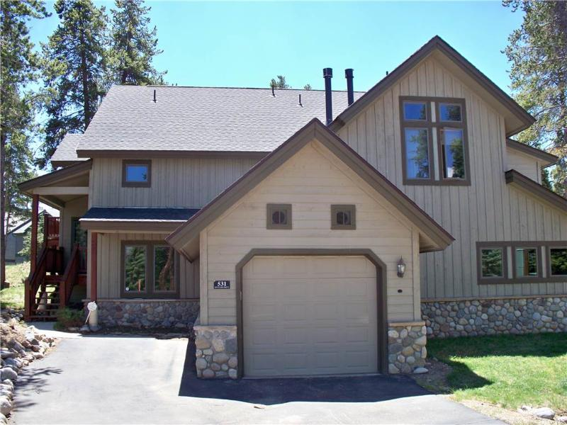Affordably Priced On Shuttle Route 3 Bedroom Townhome - 531 Settlers - Image 1 - Breckenridge - rentals