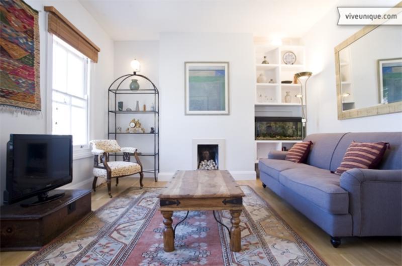 2 Bedroom Flat in Islington, Ringcroft Street - Image 1 - London - rentals