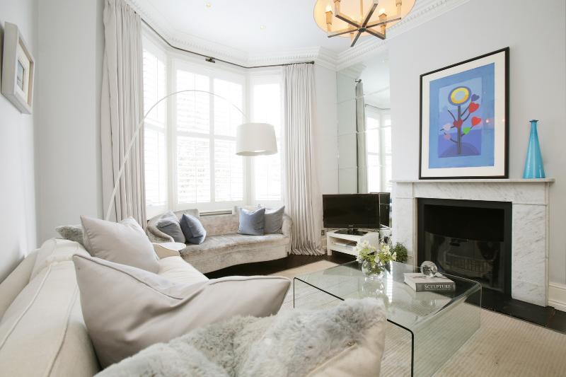 Elegant 4 bedroom home in Clapham - Image 1 - London - rentals