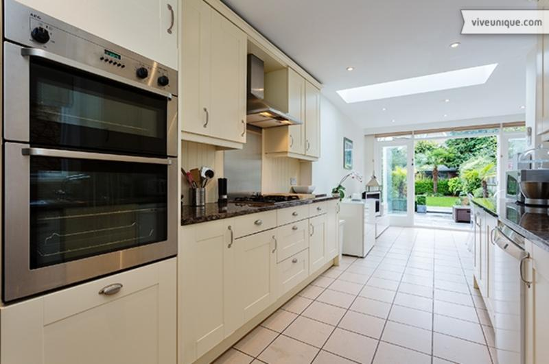 4 bed family home with stunning garden, Kingswood Road, Wimbledon - Image 1 - London - rentals