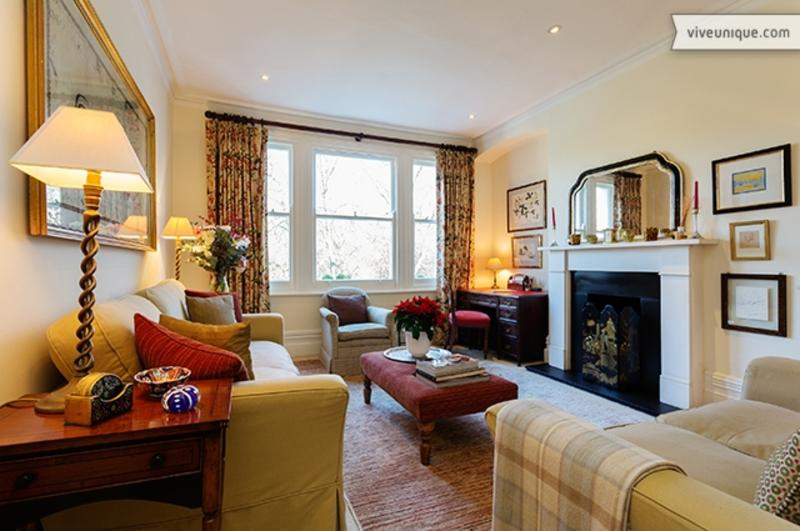 Two bed apartment with park views, Albert Mansions, Battersea - Image 1 - London - rentals