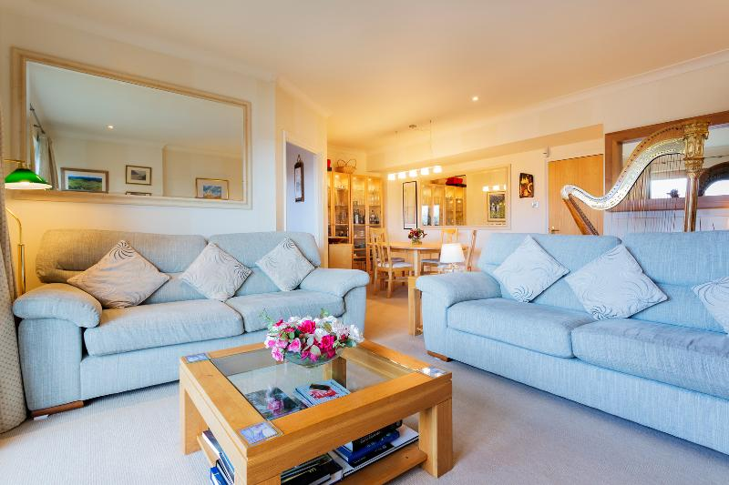 2 bed apartment, Nine Elms, Wandsworth - Image 1 - London - rentals