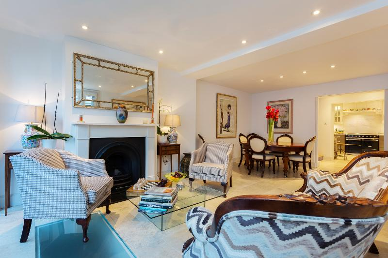 Luxurious 4 bed 4 bath home in the heart of Hampstead - Image 1 - London - rentals