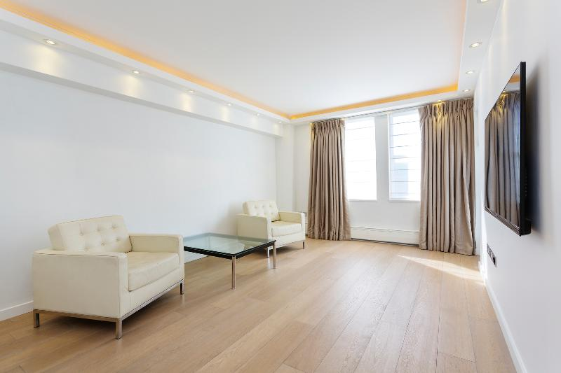 1 bed flat on Harley Street, Marylebone - Image 1 - London - rentals