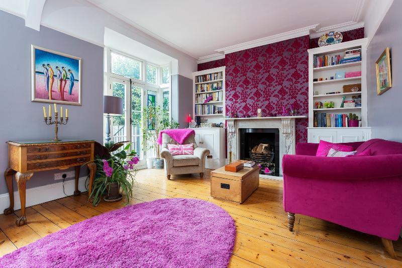 4 bed house on Lammas Park Road, Ealing - Image 1 - London - rentals