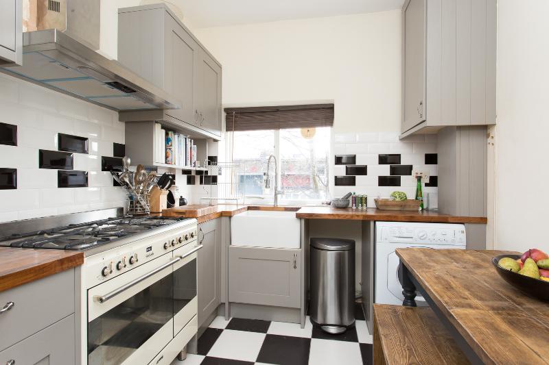 1 bed flat on Kelvin Road, Highbury - Image 1 - London - rentals