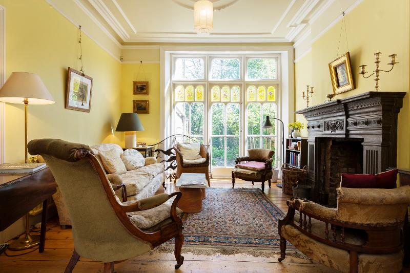 4 bed house on Oakfield Road, Crouch Hill, Islington - Image 1 - London - rentals