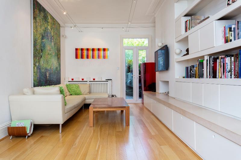 4 bed house on Santos Road, Putney - Image 1 - London - rentals