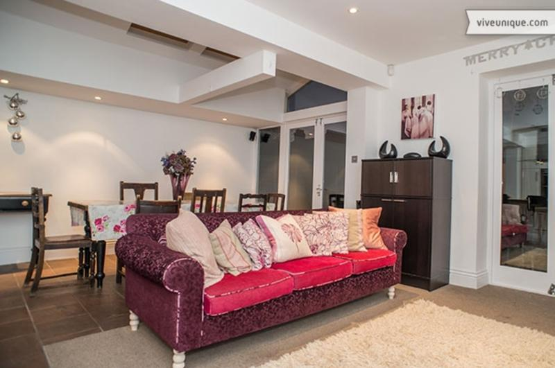 5 Bed House on Linden Avenue, Queen's Park - Image 1 - London - rentals
